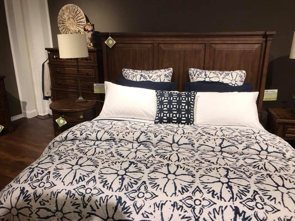 Hl Stephens Furniture Natural Talalay Latex Mattress And Pillow In Montour Falls New